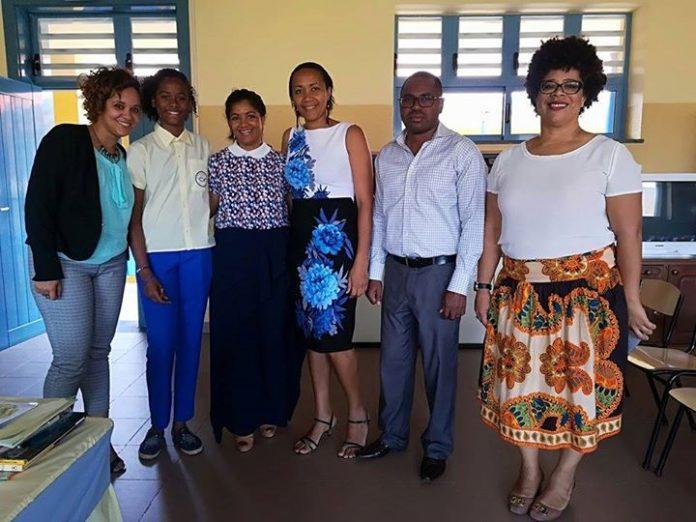 24/ABRIL/18 – Projecto Ler Mais, Saber Mais – Sessão de Leitura da Primeira Dama,…