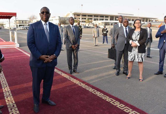 Chegada de S. E. o Presidente da República a Dacar para a sua visita…
