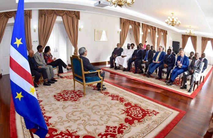 18 | MAIO | 2018 Presidente da República recebe visita de cortesia da Delegação…