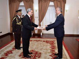 07 | MAIO | 2018 – Presidente da República recebe cartas credenciais do novo…