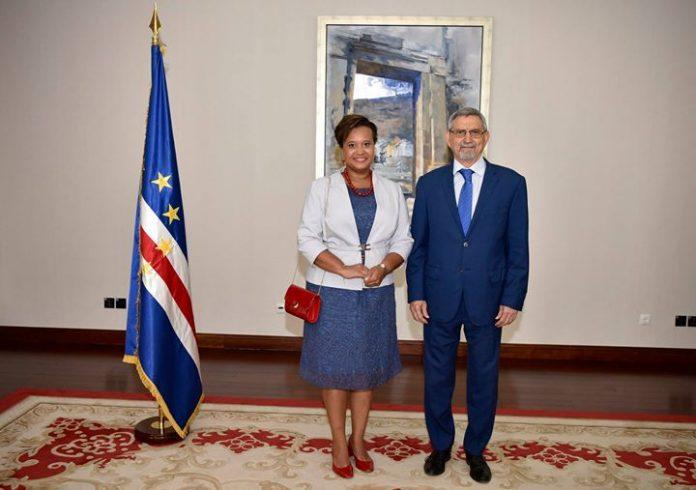 07 | MAIO | 2018 – Presidente da República recebe cartas credenciais da nova…