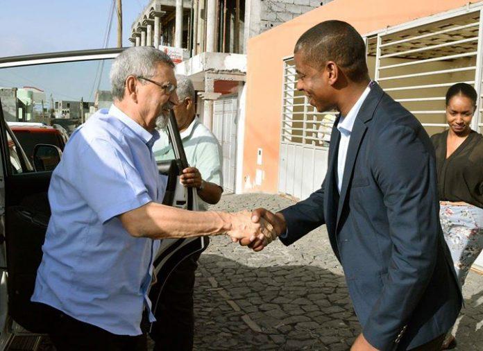 25 / Março / 18 – Chefe de Estado visita edifício da Câmara Municipal…