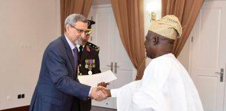 26 /FEVEREIRO /18 – Apresentação de cartas credenciais pelo Embaixador da Nigéria, Senhor Adeyemi…