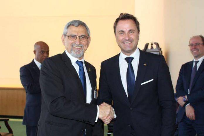 Encontro bilateral entre o Presidente da República de Cabo Verde e o Primeiro Ministro…