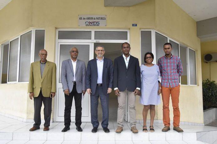 Visita fábrica de rações Amigos da Natureza O Presidente da República visitou, na manhã…