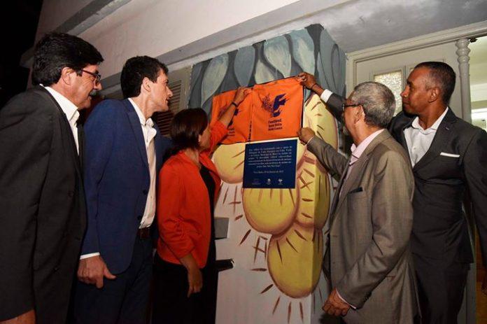 Presidente da República descerra placa de inauguração do Centrum Sete Sóis Sete Luas, na…