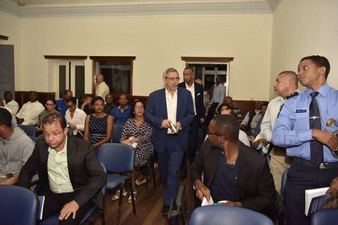 Presidente da República apresenta VI volume de Magistratura de Influência em Nova Sintra, Brava,…