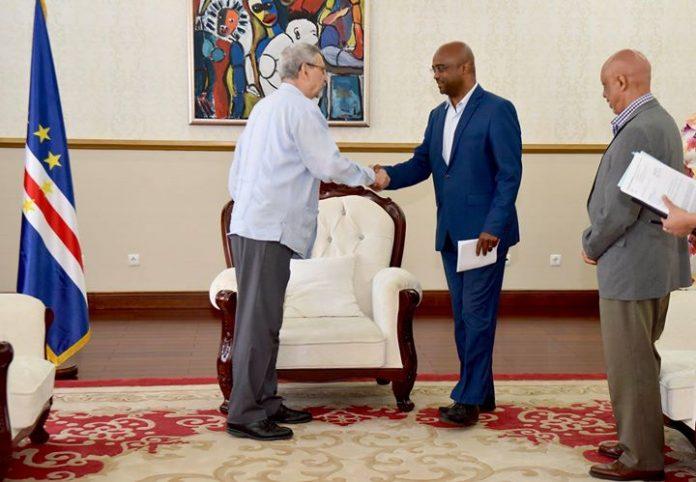 Presidente da República recebe, em audiência, uma delegação da Associação Cabo Verdiana para Proteção…