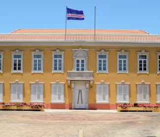 Carta de felicitações de Sua Excelência o Presidente da República de Cabo Verde, Jorge…