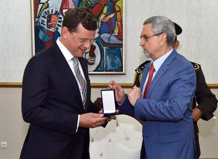 O Presidente da Republica recebeu, em audiência, o embaixador dos Países-Baixos acreditado em Cabo…