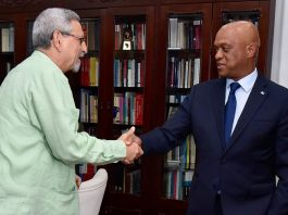 O Presidente da República recebeu, para um encontro de trabalho, o Ministro dos Negócios…