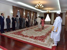 Presidente da República recebe Cartas Credenciais pelo Embaixador da G&a…