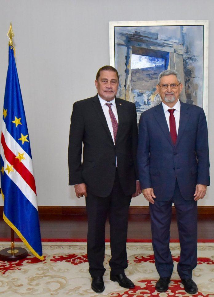 Presidente da República recebe Cartas Credenciais pelo Embaixador de Sey…