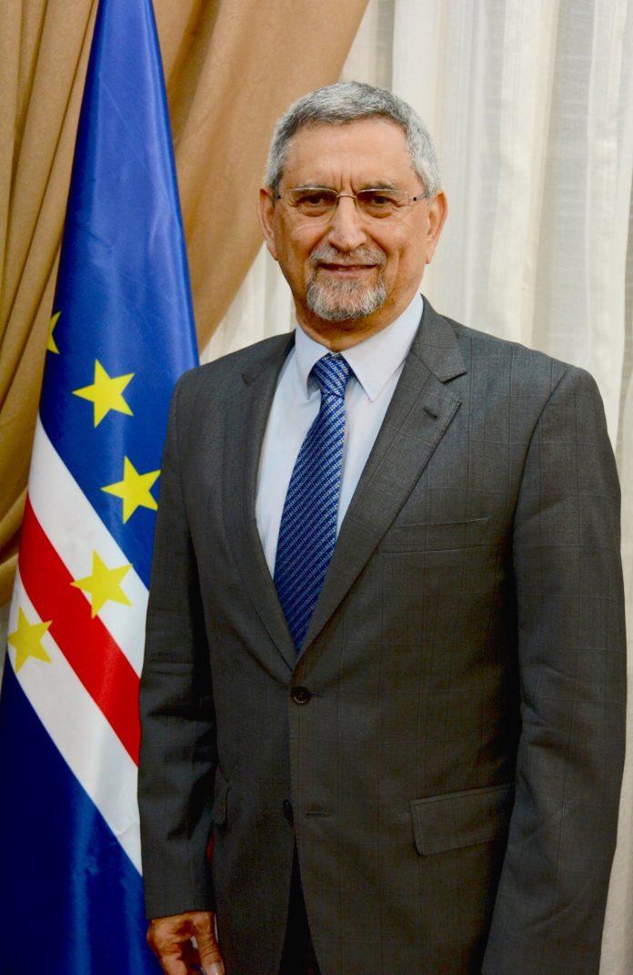 Mensagem de felicitações de SE o Presidente da República &…