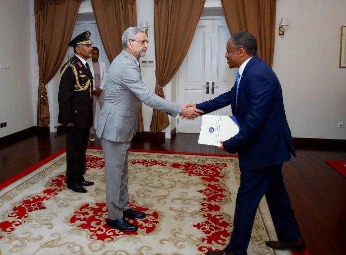 Apresentação das cartas credencias pelo Embaixador da Etió…