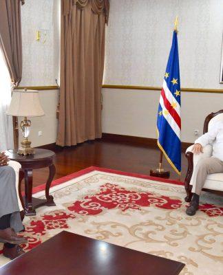 O Chefe de Estado recebeu, em audiência, o Senhor Mário Fernandes, com quem abordou …