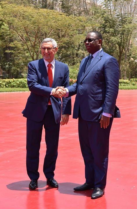 No primeiro dia da sua visita oficial ao Senegal, o Presidente da República e…