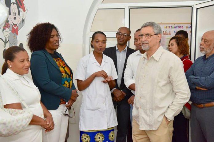 03 /ABRIL /18 – Presidente da República visita Centro de Saúde de São Salvador…