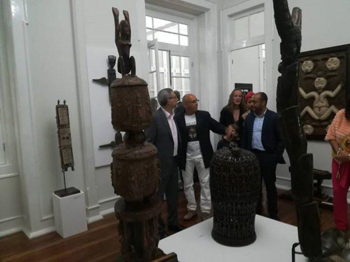 O Presidente da República inaugurou, no dia 8 de Fevereiro, uma exposição de artistas…