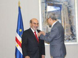 Presidente da República condecora o Director Geral da FAO O Presidente da República condecorou,…