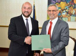 Presidente da República recebe visita de cortesia dos Ministros da Defesa de Portugal e…