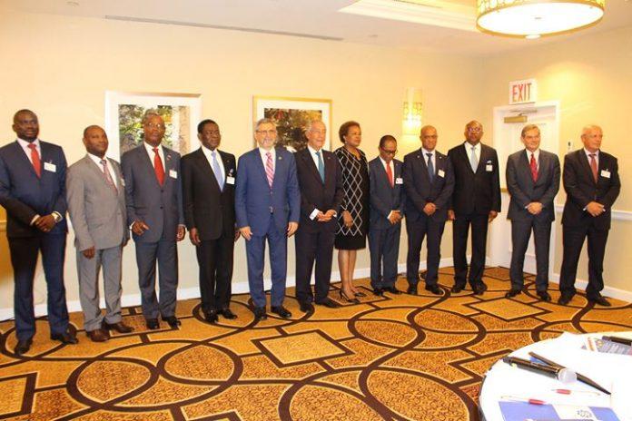 Presidente da República reúne-se com os Chefes de Estado da CPLP À margem da…