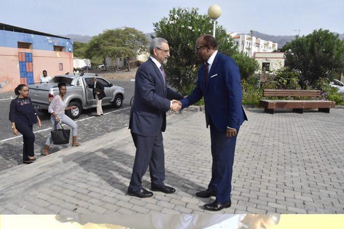 Em Santo Antão, o Presidente da República foi recebido, na manhã de 03 de…