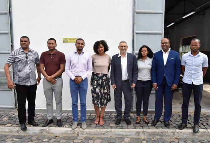 Presidente da República visita a empresa águas de Porto Novo. O Presidente da República…
