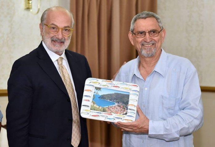 Presidente da República recebe Giuseppe Nicolli, Presidente da Câmara Municipal de Noli O Presidente…