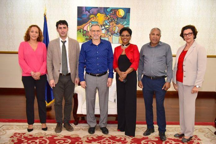 Presidente da República recebe a Presidente da Associação Kriol-Itá O Presidente da República recebeu,…