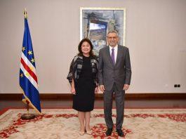 Presidente da República recebeu cartas credenciais da nova Embaixadora das Filipinas, Senhora Celia Anna…