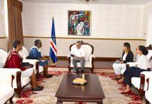 Presidente da República recebe, em audiência, a Presidente da ACRIDES, Sra. Lourença Tavares. O…