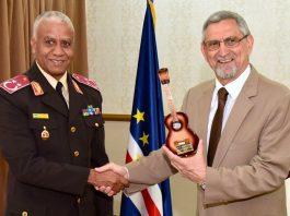 Presidente da República recebe os chefes de Estado-Maior-General das Forças Armadas (CEMGFA) da Comunidade…