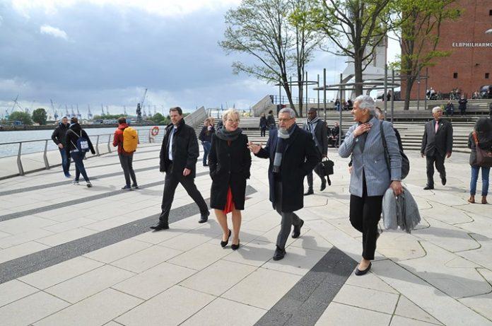 No primeiro dia da sua visita de trabalho à Alemanha, o Presidente da República…