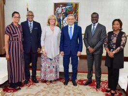 O Presidente da República recebeu, em visita de cortesia, a Sra Carla Sunberg, Superintendente…