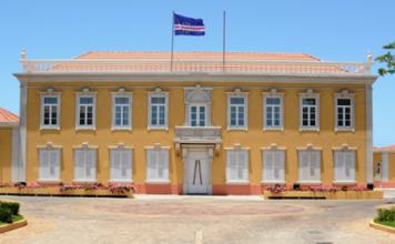Mensagem de Felicitações de Sua Excelência o Presidente interino da República de Cabo Verde,…