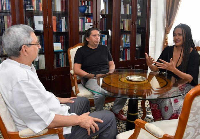 Presidente da República recebe visita de cortesia da artista Maria de Ba…