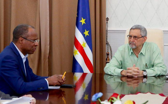 Presidente da República recebeu, em audiência de trabalho, informa…
