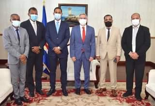 Presidente da República recebe visita de cortesia do Presidente do Governo Regio